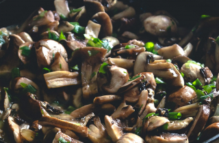 Adding mushrooms to meat